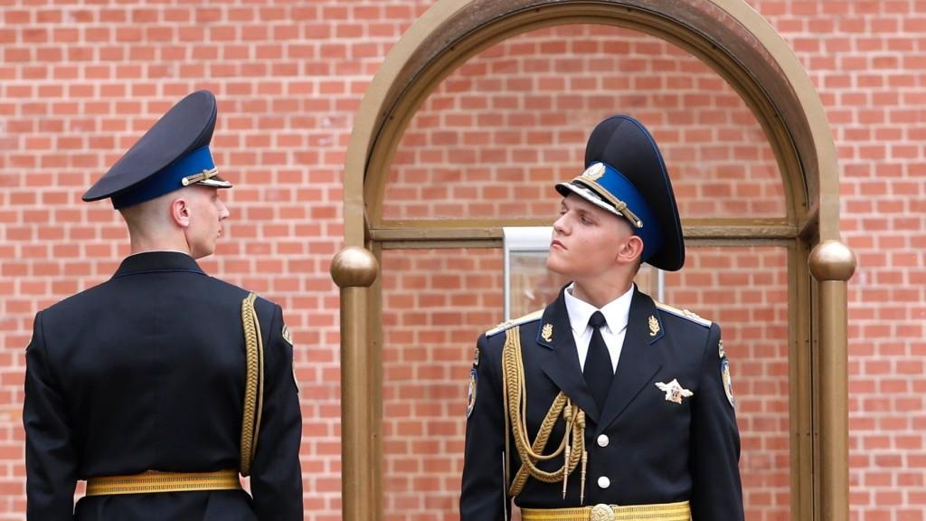 Oroszország görög diplomatákat utasít ki
