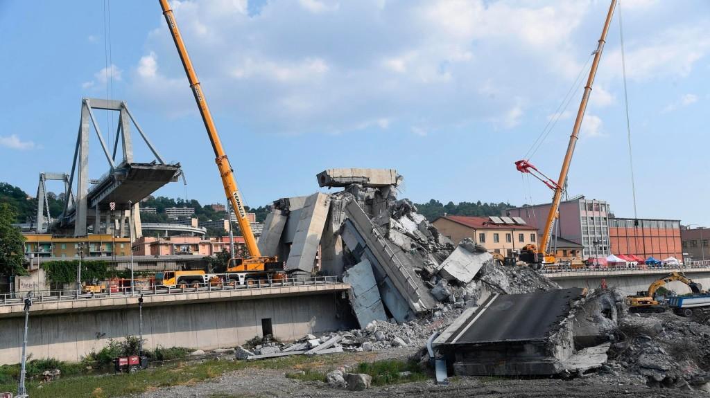 Videót tettek közzé a genovai hídomlásról