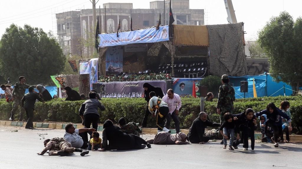 Hamenei a Washington támogatta arab országokat teszi felelőssé az iráni merényletért