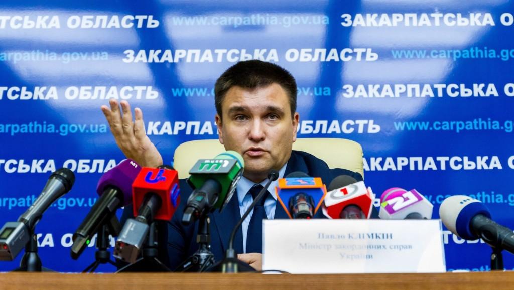Ukrajna kész kiutasítani a beregszászi magyar konzult