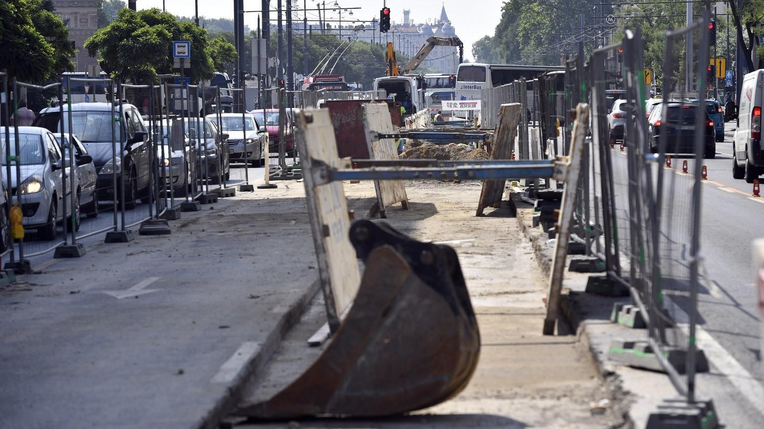 Távhővezeték építésén dolgoznak Budapesten – képünk illusztráció (Fotó: MTI/Máthé Zoltán)