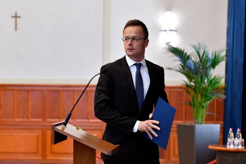 Magyarország támogatja az európai védelem megerősítését