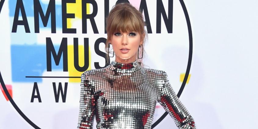 Visszavonulót fújt Taylor Swift ősellensége?