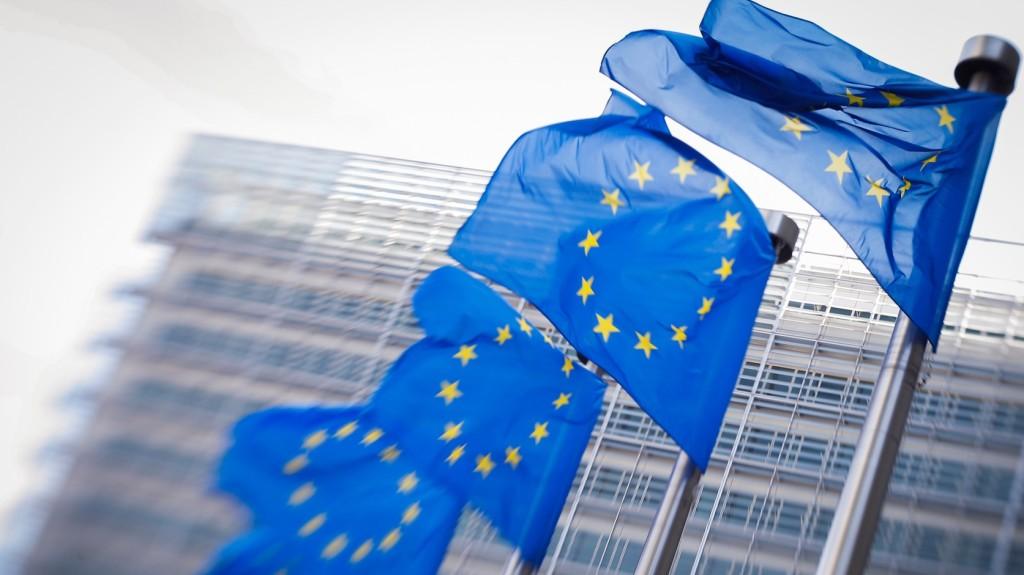 Az EU 122 millió eurót fordít a gazdaság dekarbonizálását célzó kezdeményezésekre