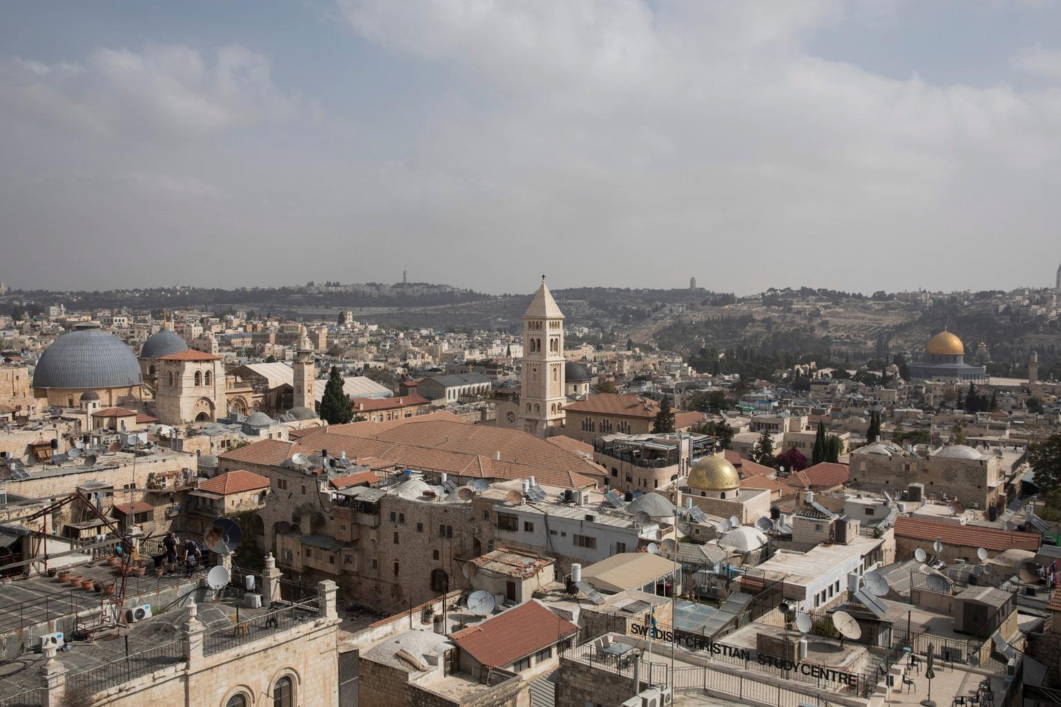 Jeruzsálem, 2018. október 18. A jeruzsálemi óváros látképe 2018. október 18-án. MTI/EPA/Abir Szultan