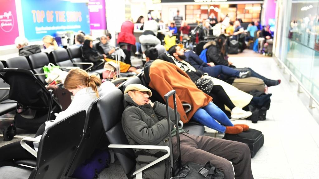 Mindennapossá váltak a repülőjárat késések Európa-szerte