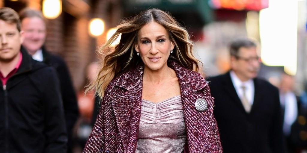 Óriási meglepetés a Szex és New York rajongóinak: Carrie Bradshaw visszatér