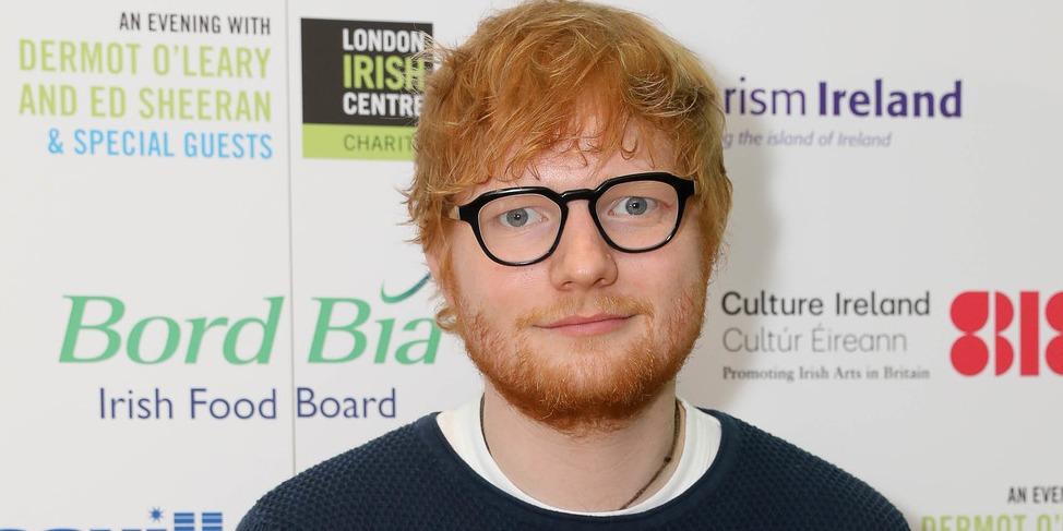Félmillióért kelt el egy Ed Sheeran tervezte ketchupos üveg
