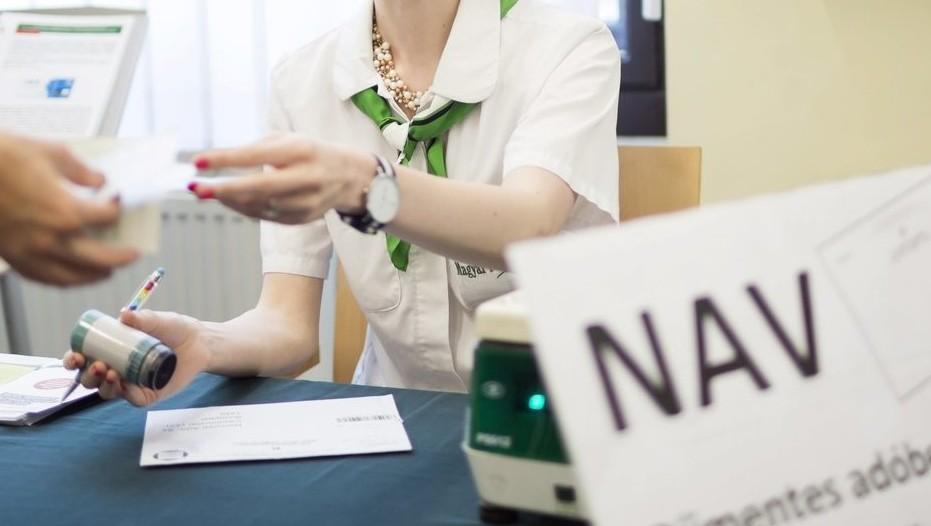 Szja 2019: A Plázákban Is Segít Az Szja-bevallásban A NAV