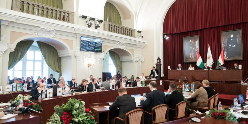 A közbeszerzési kft. megszüntetéséről is dönthetnek a képviselők