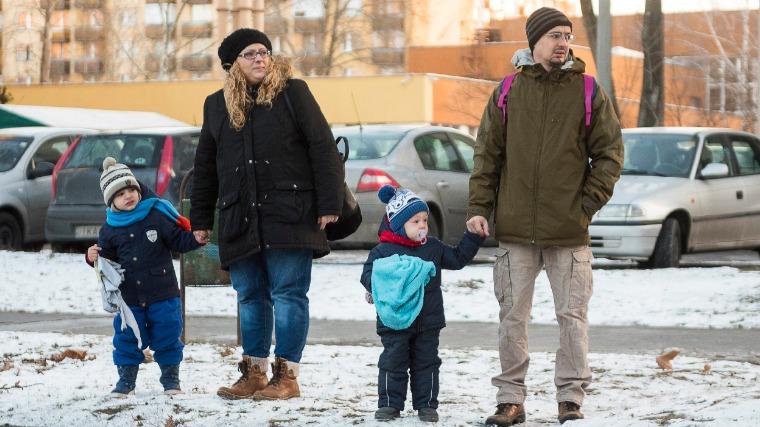 A magyar kormány célja a bajba jutottak támogatása