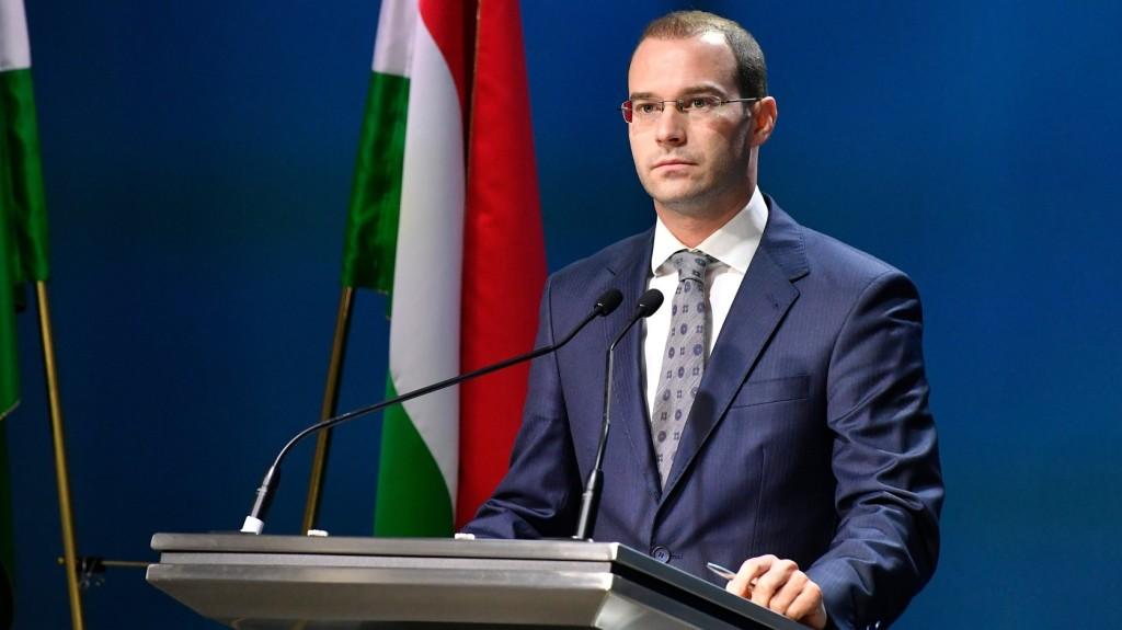 Tájékoztató akciót indít a kormány a bevándorlást ösztönző brüsszeli tervekről