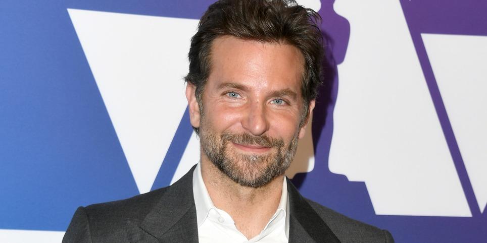 Bradley Cooper a masnis hajráfjában le se tagadhatná, hogy lányos apuka