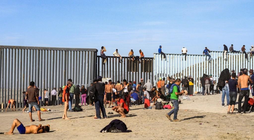 Erőszakba torkollott a migránskaraván feltartóztatása Guatemalánál