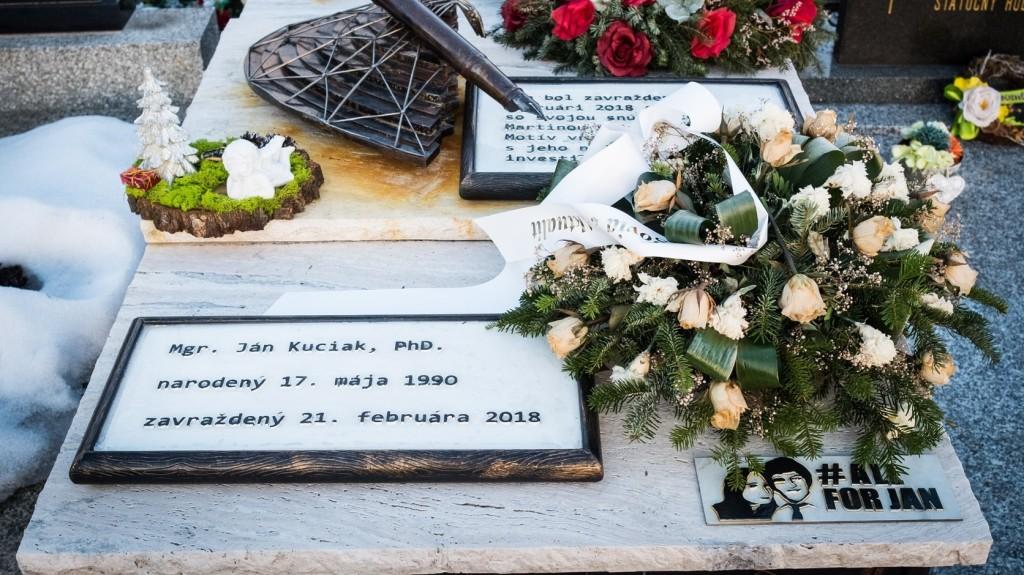Tüntetéseket tartottak a meggyilkolt szlovákiai újságíró halálának évfordulóján