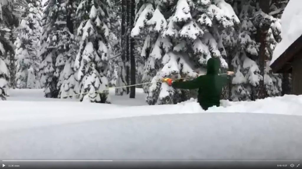 Több méteres hó borítja Kalifornia egyes részeit - VIDEÓ