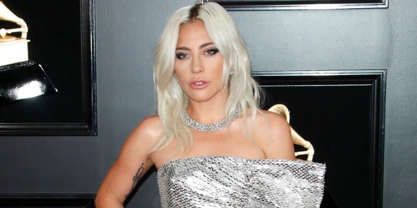 Lady Gaga összetört: két hűséges társát is elrabolta egy fegyveres férfi