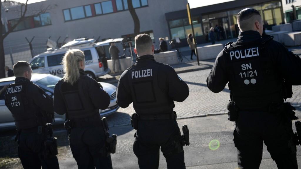 Őrizetbe vettek 11 embert Németországban iszlamista terrortámadás előkészítésének gyanúja miatt