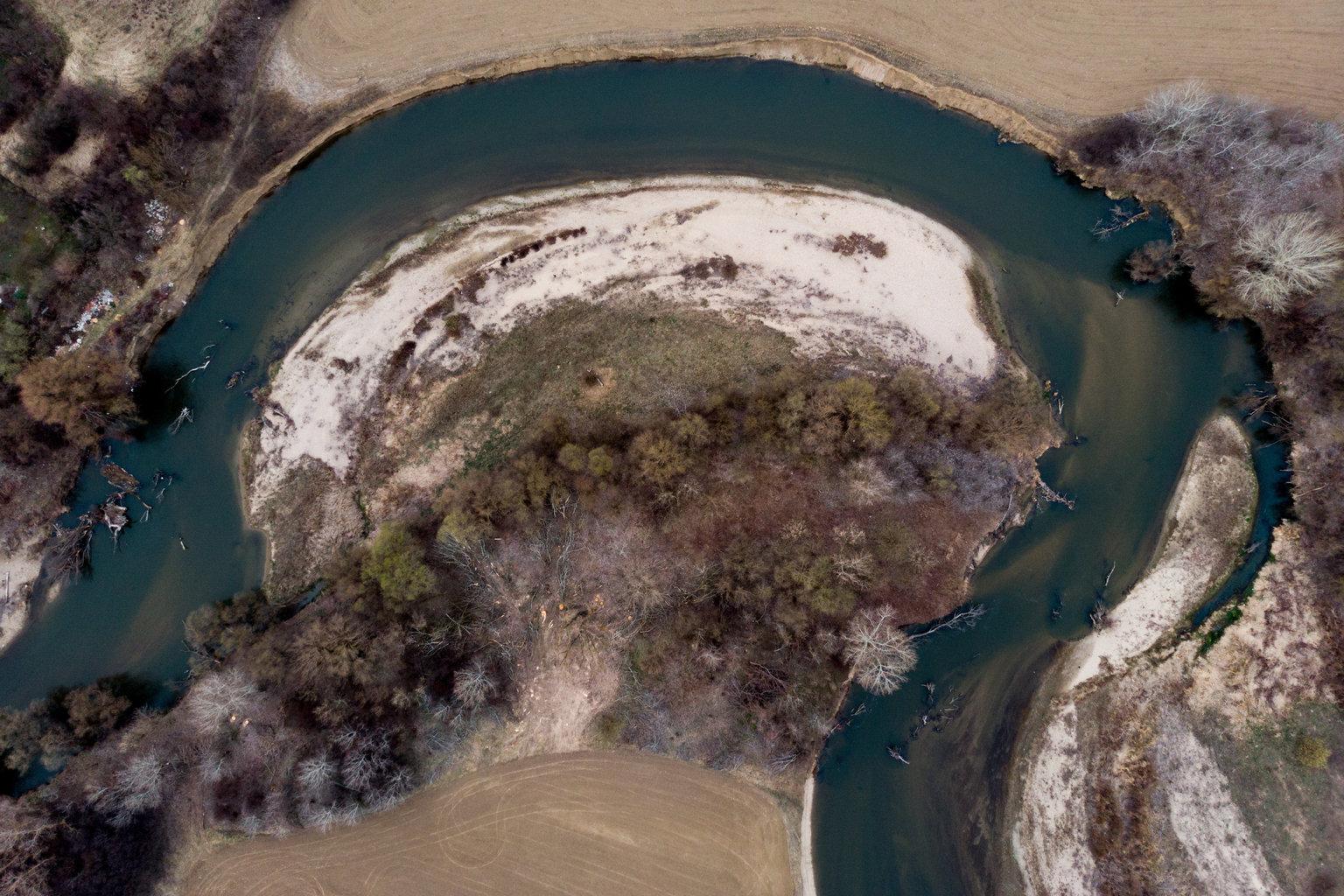 Nagycsécs, 2019. március 22. A Sajó Nagycsécsnél 2019. március 19-én. Az ENSZ március 22-ét nyilvánította a víz világnapjává, amelynek célja a környezet és ezen belül a Föld vízkészletének védelme. MTI/Czeglédi Zsolt