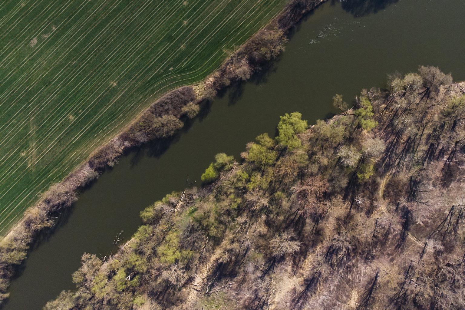 Murakeresztúr, 2019. március 21. A Mura kanyarulata Murakeresztúrnál 2019. március 21-én. Az ENSZ március 22-ét nyilvánította a víz világnapjává, amelynek célja a környezet és ezen belül a Föld vízkészletének védelme. MTI/Varga György