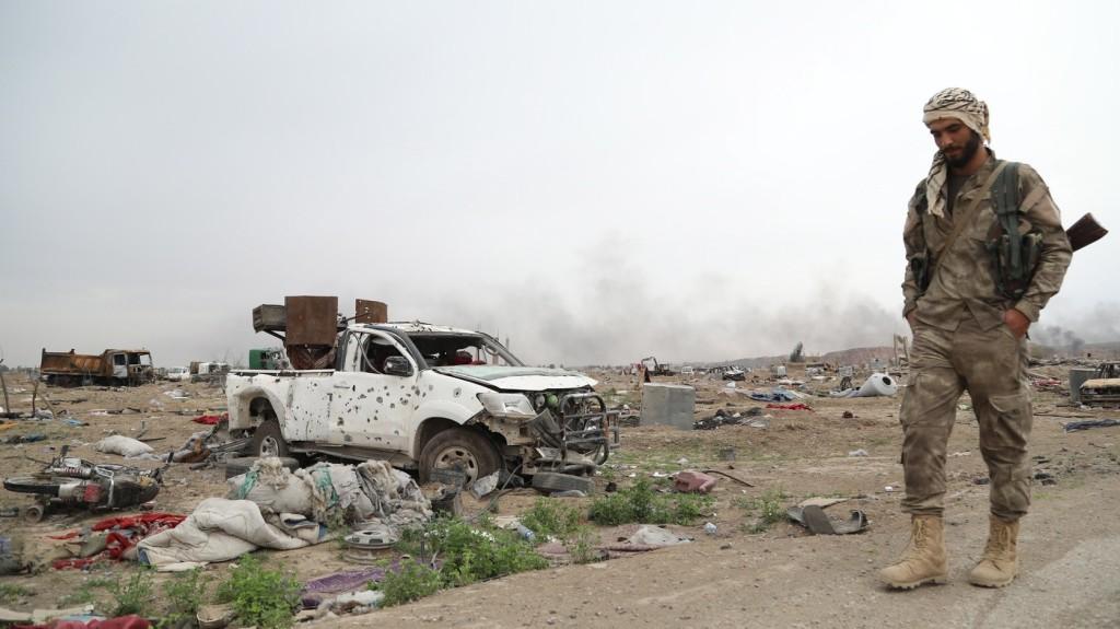 Robbantás történt Idlíbben és Damaszkuszban, többen meghaltak