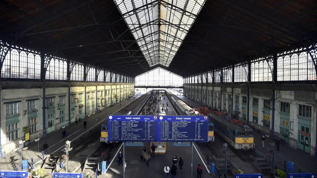 Helyreállt a vonatközlekedés a Nyugati pályaudvar és Zugló között