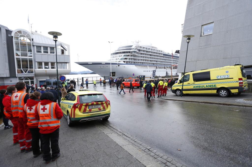 Kikötött Norvégiában a bajba jutott Viking Sky luxushajó