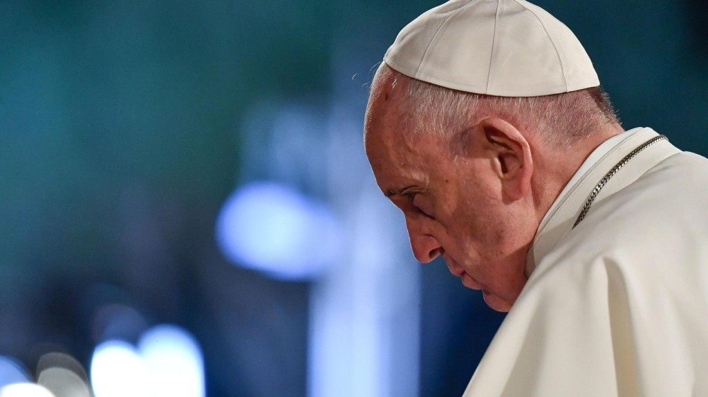A menekültek elől való elzárkózás miatt sajnálkozott a pápa