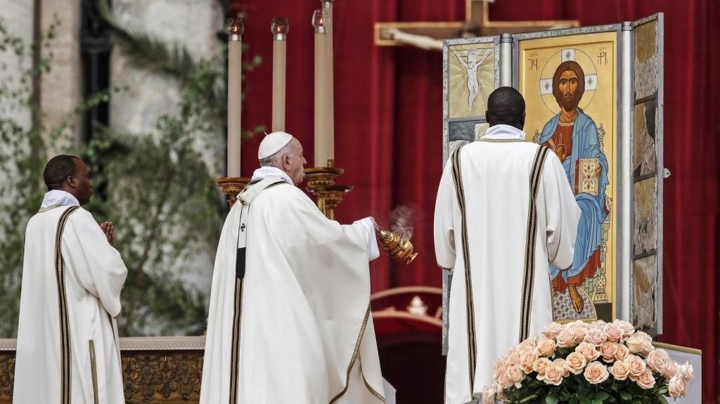 A véres konfliktusok megállítását kérte a pápa Urbi et Orbi beszédében