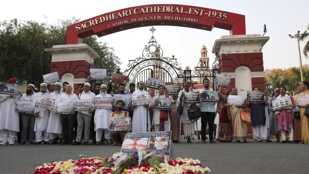 Nemzeti gyásznapot tartottak Srí Lankán