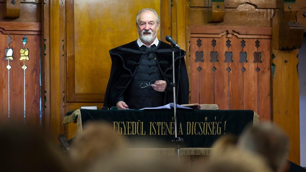 Takaró Károly: Jézus testi-lelki áldozatával átvállalta az emberiség bűnét