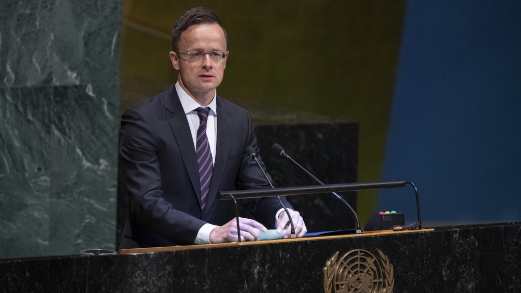 Szijjártó: Elfogadhatatlan az ukrán nyelvtörvény
