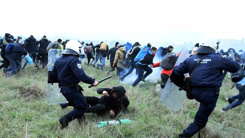 Több migráns csoport is megpróbált illegálisan az EU területére lépni