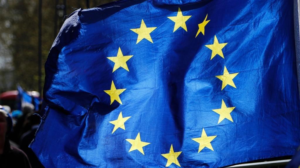 Összesen 60 milliárd euró hiány keletkezett az uniós büdzsében