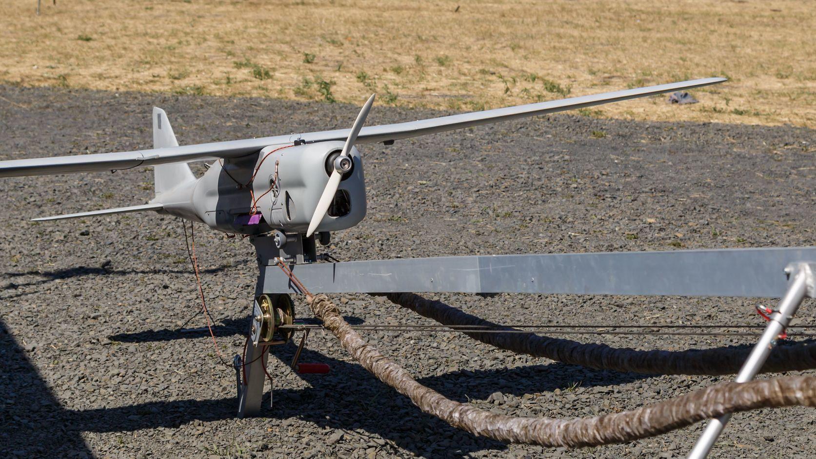 A képen egy ORLAN-10 típusú orosz katonai drón látható (Fotó: Shutterstock/ovbelov)