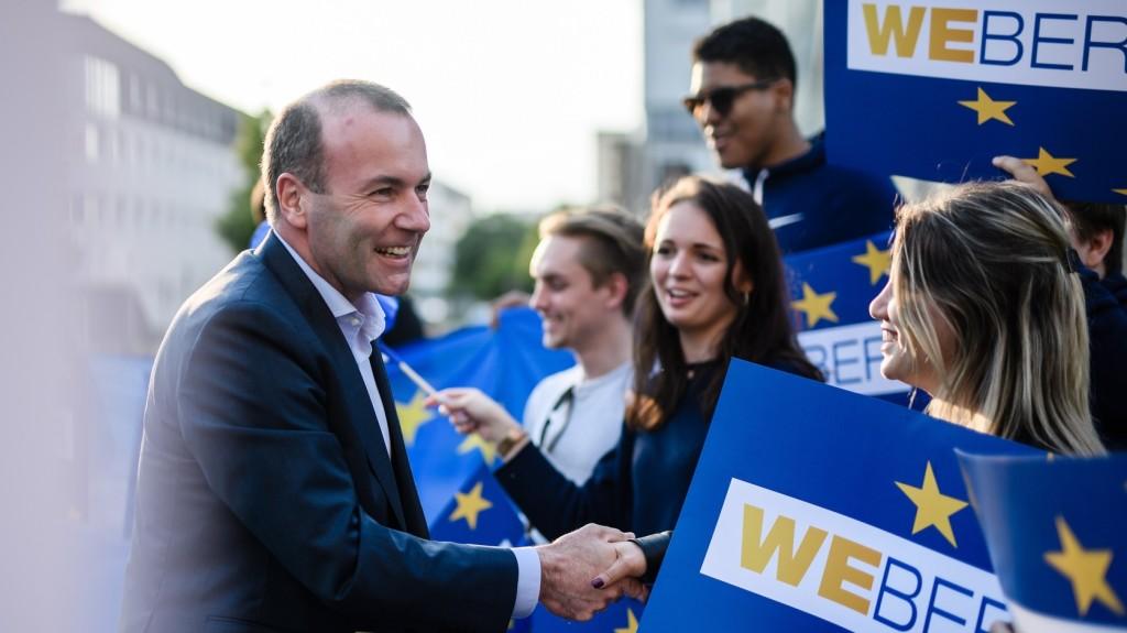 Közös felhívással fordul a német választókhoz Manfred Weber és Annegret Kramp-Karrenbauer