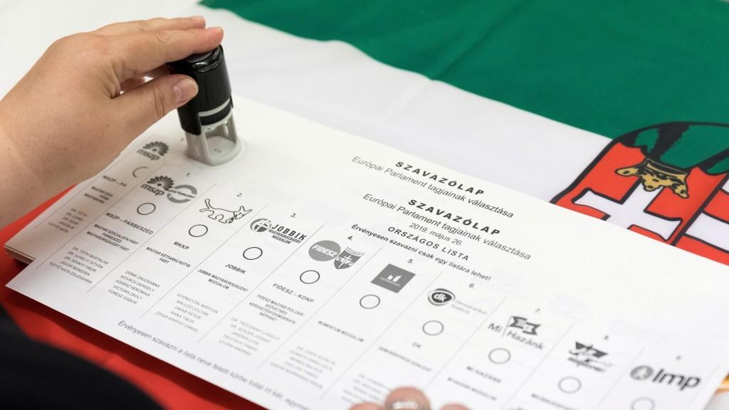 Pecsét nélkül nem érvényes a szavazólap