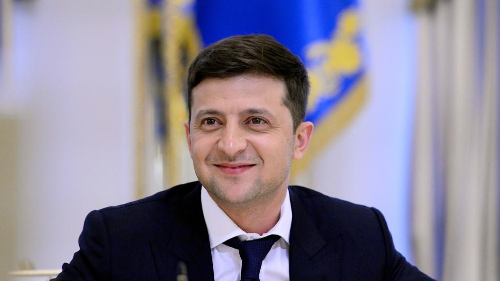 Ukrajnában megállapodtak a parlament feloszlatásáról