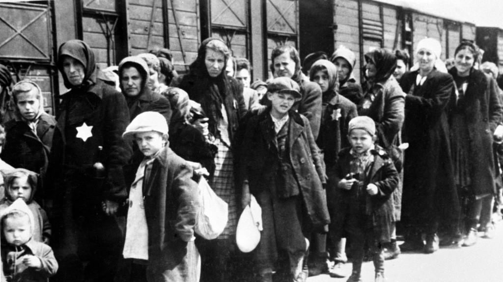A holokauszt emléknapja figyelmeztetés, mire képes az ember