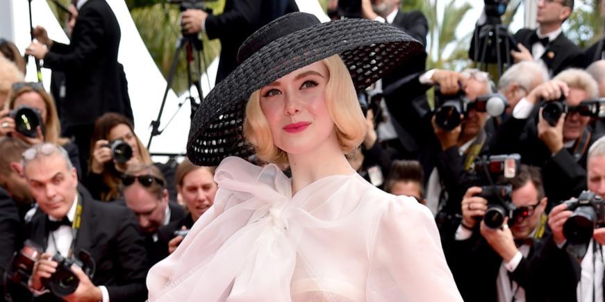 Elle Fanning ezzel a csodás ruhával meg is nyerte a cannes-i filmfesztivált