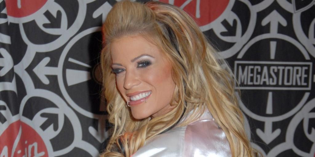 Váratlanul elhunyt a csinos pankrátornő, Ashley Massaro