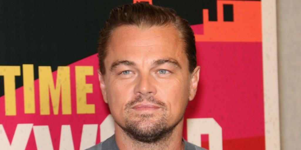 Leonardo DiCaprio divatfotósnak állt csinos barátnője kedvéért