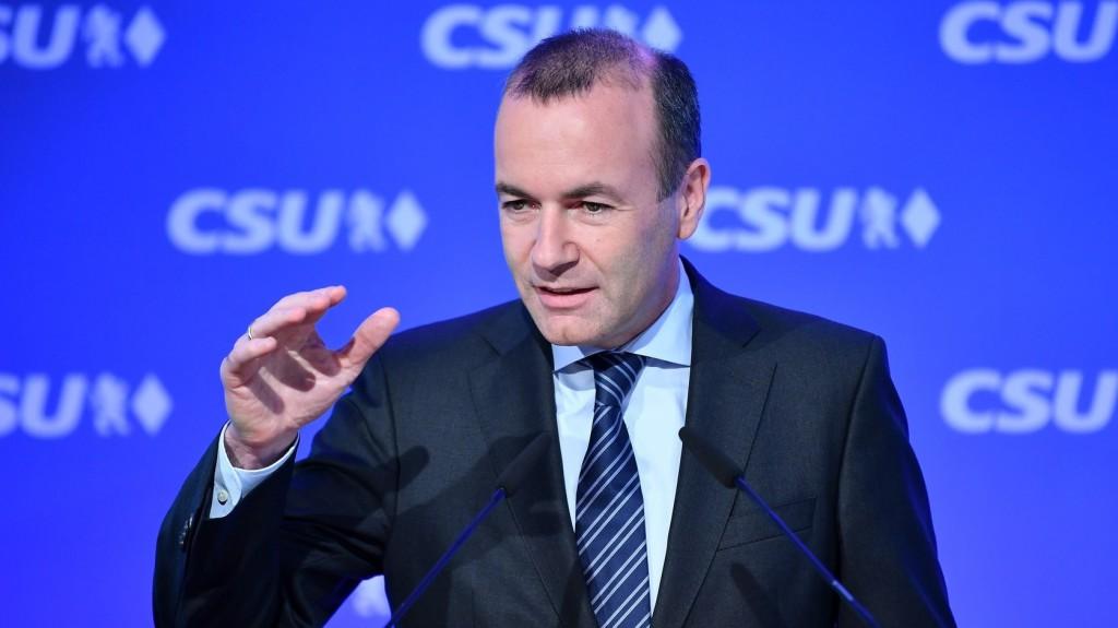 Weber szerint az EP csak a csúcsjelöltek közül választ elnököt