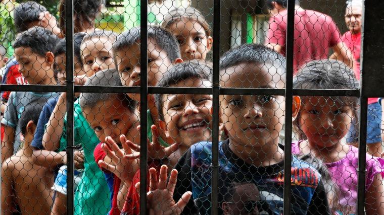 Ajánlást fogadtak el a kísérő nélküli migráns gyermekek védelme érdekében