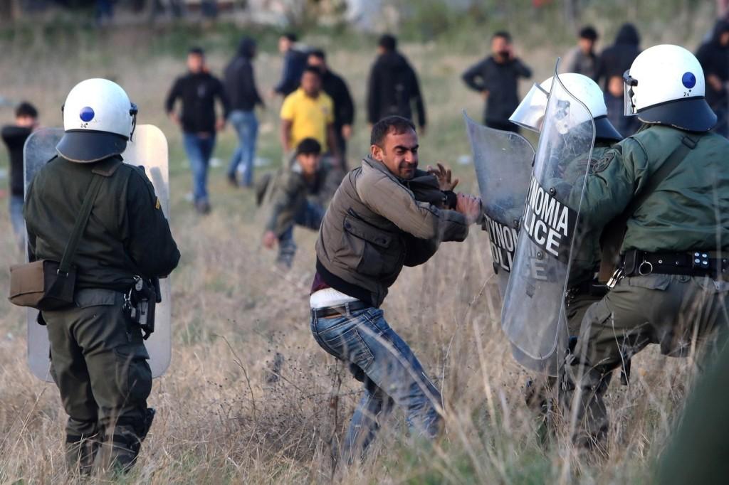 Görögország ismét lehetővé tette a menedékkérelmek benyújtását