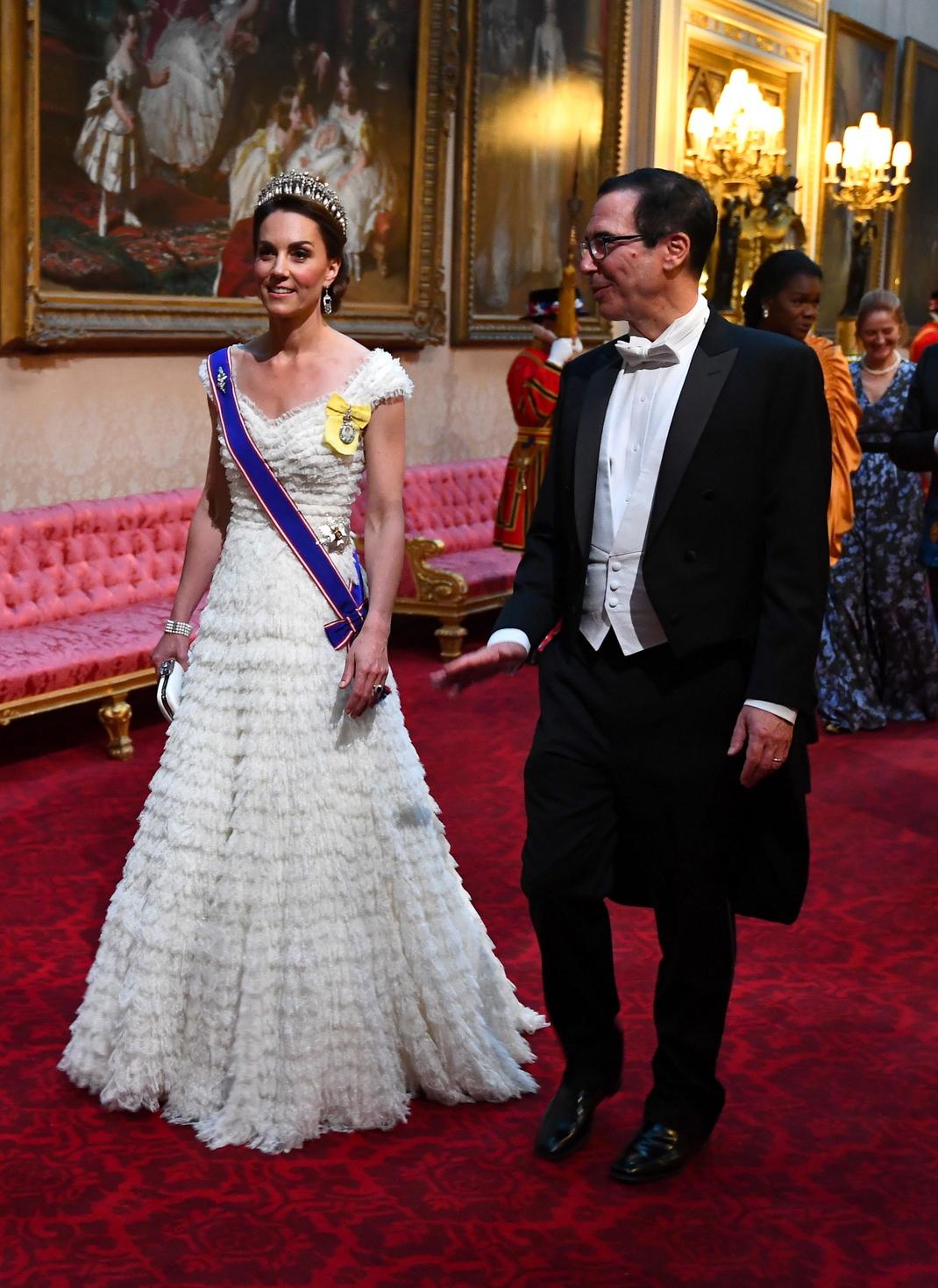 Katalin hercegné Steven Mnuchinz, az Egyesült Államok pénzügyminiszterének kíséretében (Fotó: MTI/EPA/STR/POOL SHUTTERSTOCK )