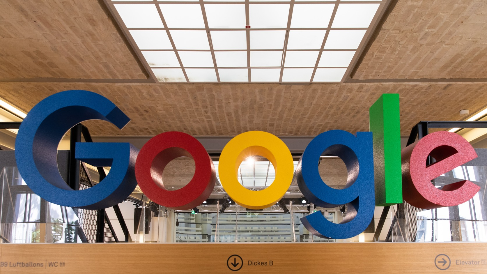 epa07670237 A Google logo is displayed at the Google offices in Berlin, Germany, 24 June 2019.  EPA/HAYOUNG JEON