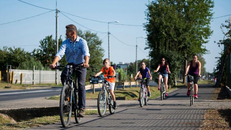 Csatlakozott a balatoni kerékpáros fejlesztésekhez a Művészetek Völgye