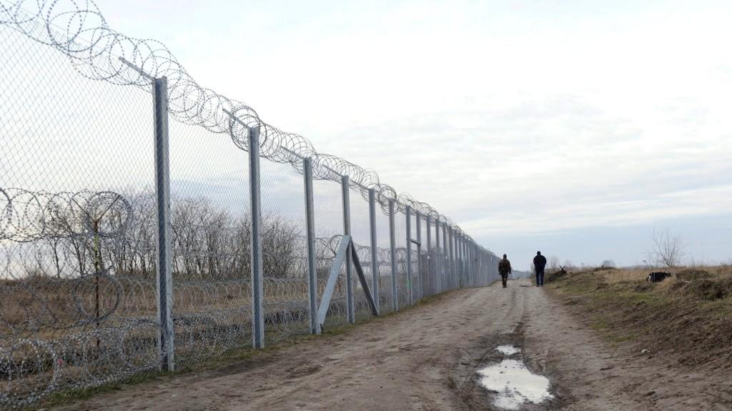 Alagutat ásva is próbálnak bejutni a migránsok Magyarországra
