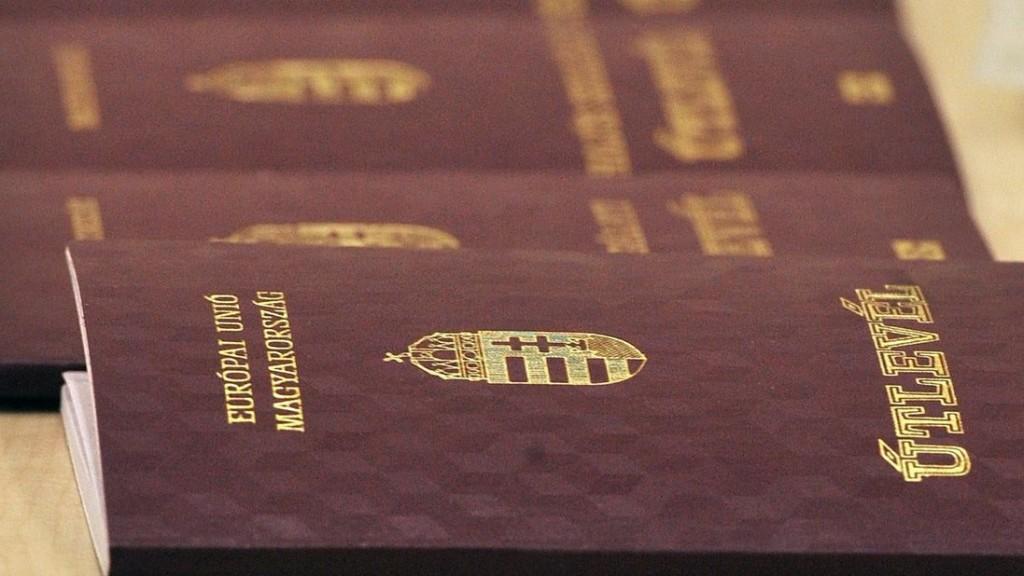 Az EU irányelvet fogadott el az ideiglenes úti okmányok kiadásának egyszerűsítésére